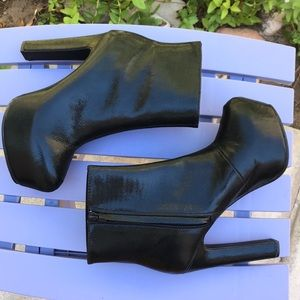 NWOT Divided Boots; 6